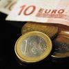 Nákup dlhopisov z eurozóny centrálnou bankou spôsobil devalváciu eura