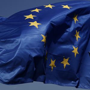 Rozpr�vkov� platy: Eurokomis�ri za �tyri mesiace zinkasuj� 500-tis�c eur