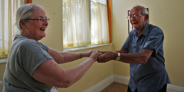 Pre�o sa oplat� odklada� si na d�chodok: Svet �el� penzijnej katastrofe, dlh rastie do obludn�ch ve�kost�